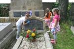 Porządkowanie grobów rodziny Potockich